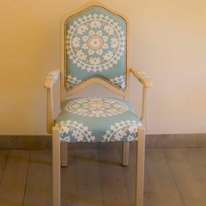 כיסאות